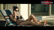 Alexandra Daddario Bikini Scene – San Andreas