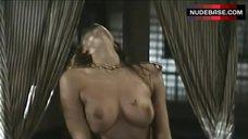 Nadia Fares Frantic Sex – Poliziotti