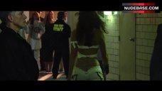 Kelly Overton Flashes Ass Crack – Tekken