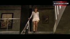 1. Jordan Hinson Nipples Through Dress – A Very Harold & Kumar 3D Christmas