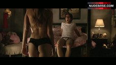 Jordan Hinson Ass in Lingerie Panties – A Very Harold & Kumar 3D Christmas