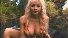 10. Samantha Phillips Bikini Scene – Treasure Hunt!