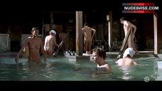 Omahyra Shows Tits and Bush – Les Derniers Jours Du Monde