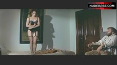 Carroll Baker in Sexy Lingerie – L' Harem