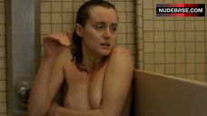 Taylor Schilling Nude Tits – Orange Is The New Black