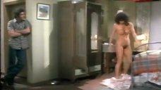 Isela Vega Naked Tits and Hairy Bush – Una Gallina Muy Ponedora