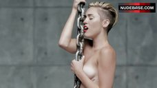 Miley Cyrus Naked Scene – Wrecking Ball