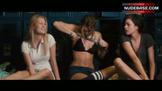 Miley Cyrus in Black Lingerie – Lol