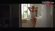 8. Ana De Armas Intimate Scene – Por Un Punado De Besos