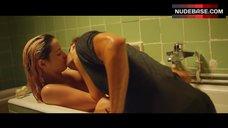 5. Ana De Armas Flashes Nude Boobs – Por Un Punado De Besos