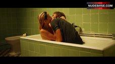 8. Ana De Armas Flashes Nude Boobs – Por Un Punado De Besos