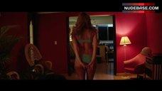 3. Ana De Armas Sex Scene – Hands Of Stone