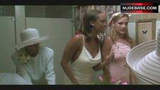 8. Tyra Banks Erect Nipples – Love Stinks