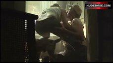 Jessica Biel Butt Crack – The Texas Chainsaw Massacre