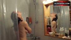 1. Yvonne Catterfeld Shows Tits in Shower – Schatten Der Gerechtigkeit