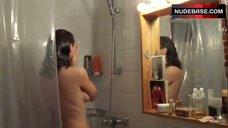 2. Yvonne Catterfeld Shows Tits in Shower – Schatten Der Gerechtigkeit