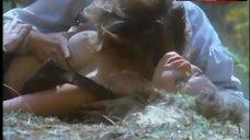 5. Lana Clarkson Exposed Tits – Barbarian Queen Ii