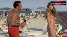 8. Vanessa Hessler Hot Bikini Scene – Natale A Miami