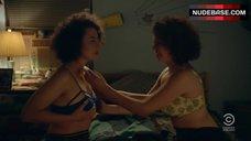 Alia Shawkat Lesbian Scene – Broad City