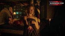 Rachel Skarsten Hot Scene – Lost Girl