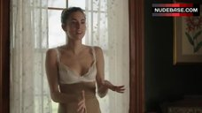 Allison Williams in Lingerie – Girls