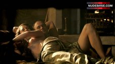 Laura Haddock Exposed Boobs – Da Vinci'S Demons