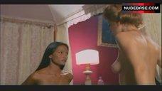 2. Laura Gemser Lesbian Scene – Emanuelle In America