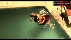 10. Jordana Brewster Bikini Scene – The Texas Chainsaw Massacre: The Beginning