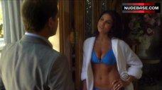Nadia Bjorin in Bikini – Ncis