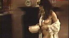 Fionnula Flanagan Shows Nude Boobs – James Joyce'S Women