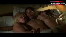 Linnea Quigley Flashes Breasts and Ass – Play It To The Bone