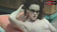 Dagmar Lassander Exposed Breasts – Atti Impuri All'Italiana