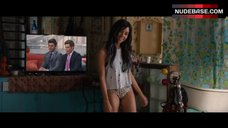 Aubrey Plaza Flashes Panties – Mike & Dave Need Wedding Dates