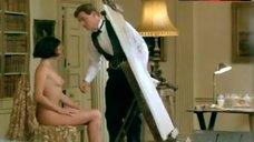 Kate Beckinsale Posing Naked – Haunted