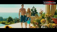 Sara Canning Bikini Scene – The Right Kind Of Wrong