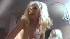 Vicki Peters Topless – Blood Mania