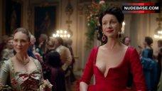 Caitriona Balfe Decollete – Outlander
