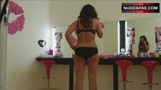 Lucinda Rhodes-Flaherty in Underwear – Serial Kaller