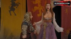 Eline Powell Shows Breasts – Game Of Thrones