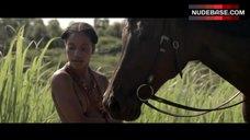 Yootha Wong-Loi-Sing Topless – Hoe Duur Was De Suiker