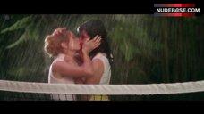 Cameron Richardson Lesbian Kiss – City Of Sin