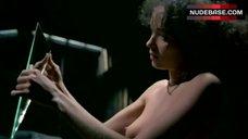 Carmen Chapin Shows Boobs – Snapshots