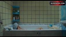 10. Natalya Pavlenkova Masturbating in Hot Tub – Zoology