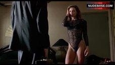 Lena Oin in Sexy Lingerie – Romeo Is Bleeding