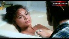 Lena Oin in Bathtub – Havana