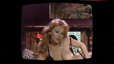 Linda Shaw Boobs Scene on TV – Body Double