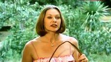 5. Shirley Benny Bare Tits – Amazon Jail