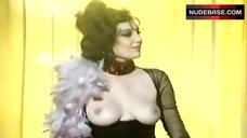 Silvia Aguilar Shows Tits  – Pero No Vas A Cambiar Nunca, Margarita?