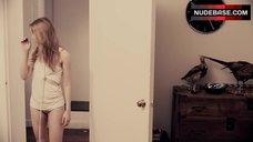 Ella Rae Peck Hot Scene – The Exhibitionists