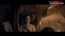 9. Larissa Breidbach Full Frontal Nude – Egon Schiele: Death And The Maiden